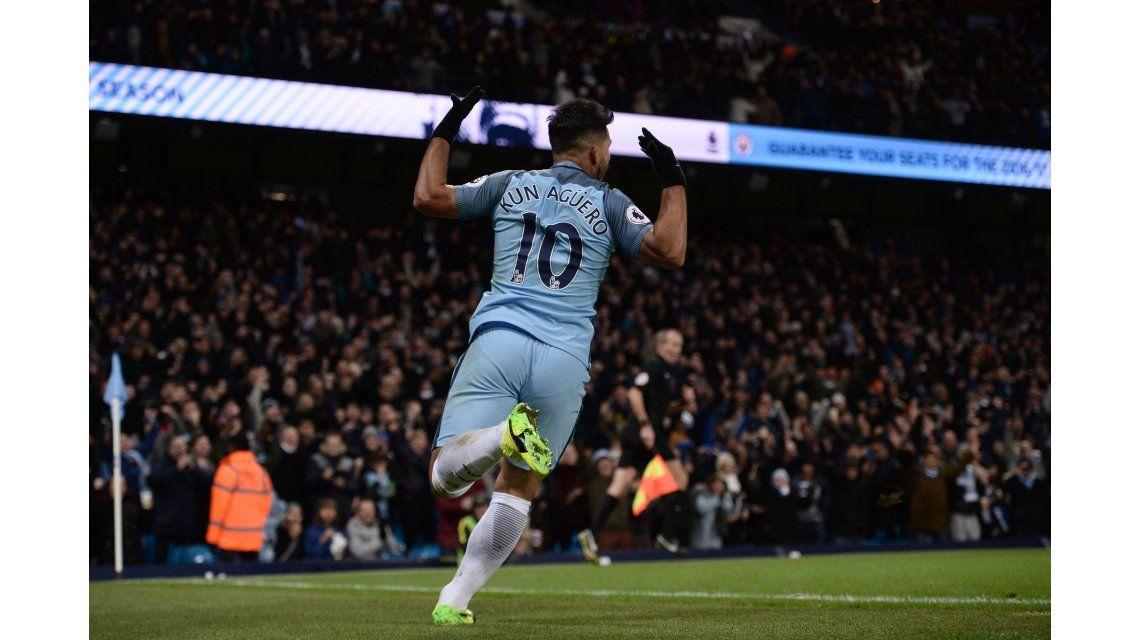 El Kun metió el cuarto del City ante West Ham