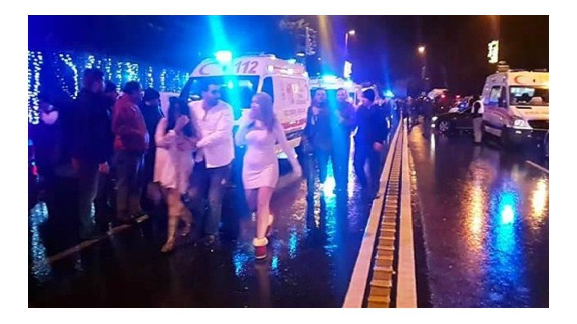 Estupor en la salida de la disco Reina en Estambul