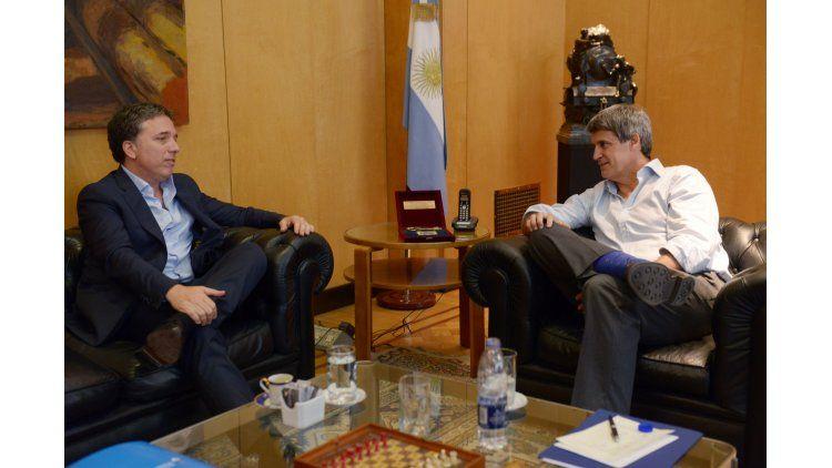 Prat-Gay y Dujovne se reunieron por el traspaso del Ministerio