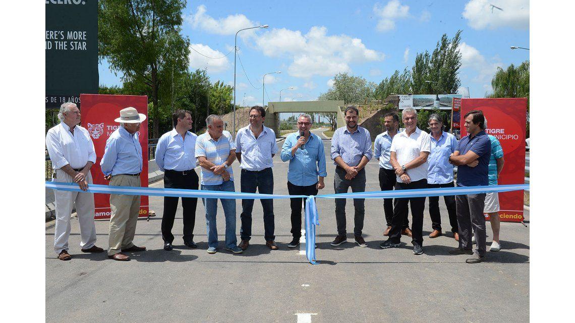 Zamora inauguró la ampliación integral del tercer carril del camino Banacalari-Benavídez