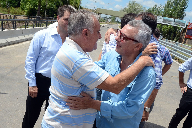 Julio Zamora inauguró la ampliación integral del tercer carril del camino Banacalari-Benavídez