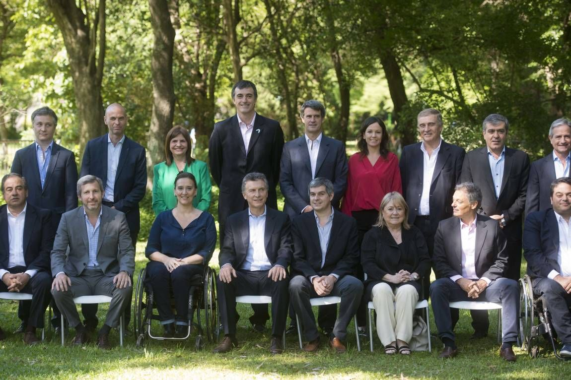Macri y su gabinete de ministros