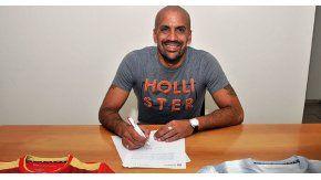 La Brujita, feliz con la firma del contrato