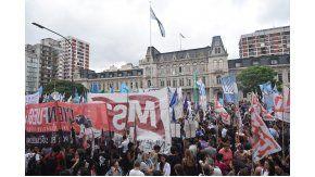 Trabajadores protestaron en contra de los despidos