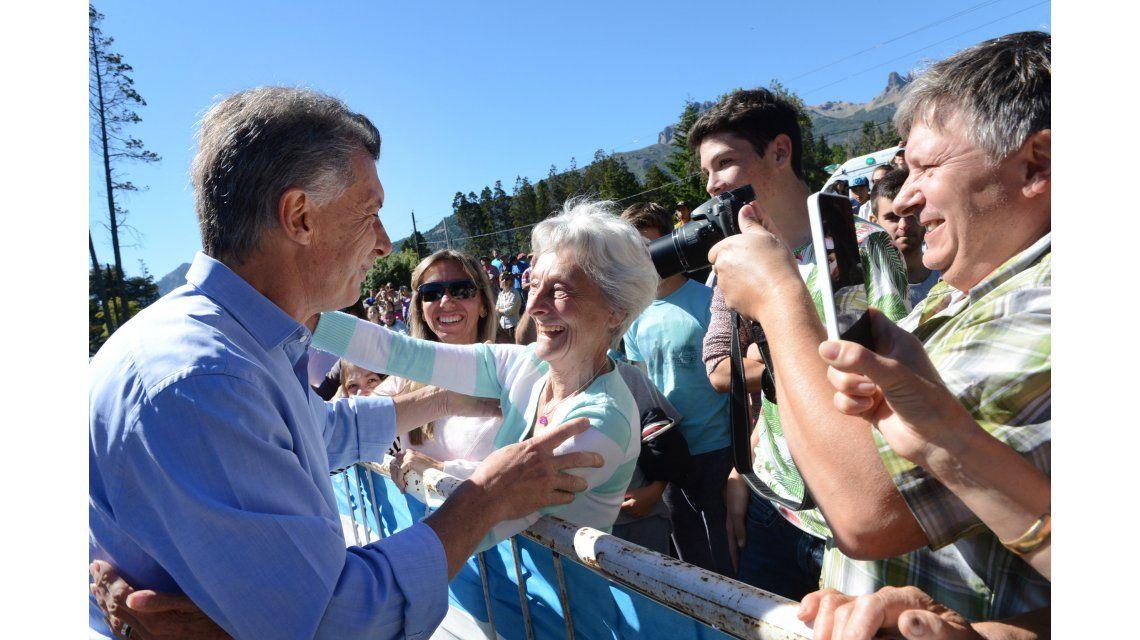 Macri junto a la gente