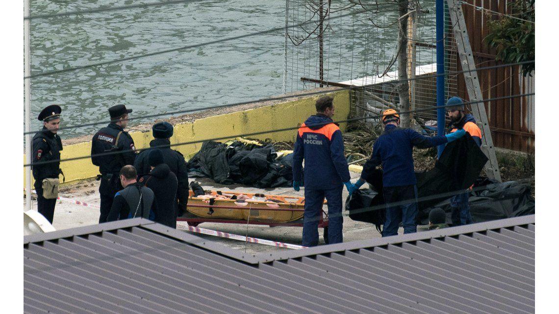 Un avión militar ruso se estrelló en el Mar Negro