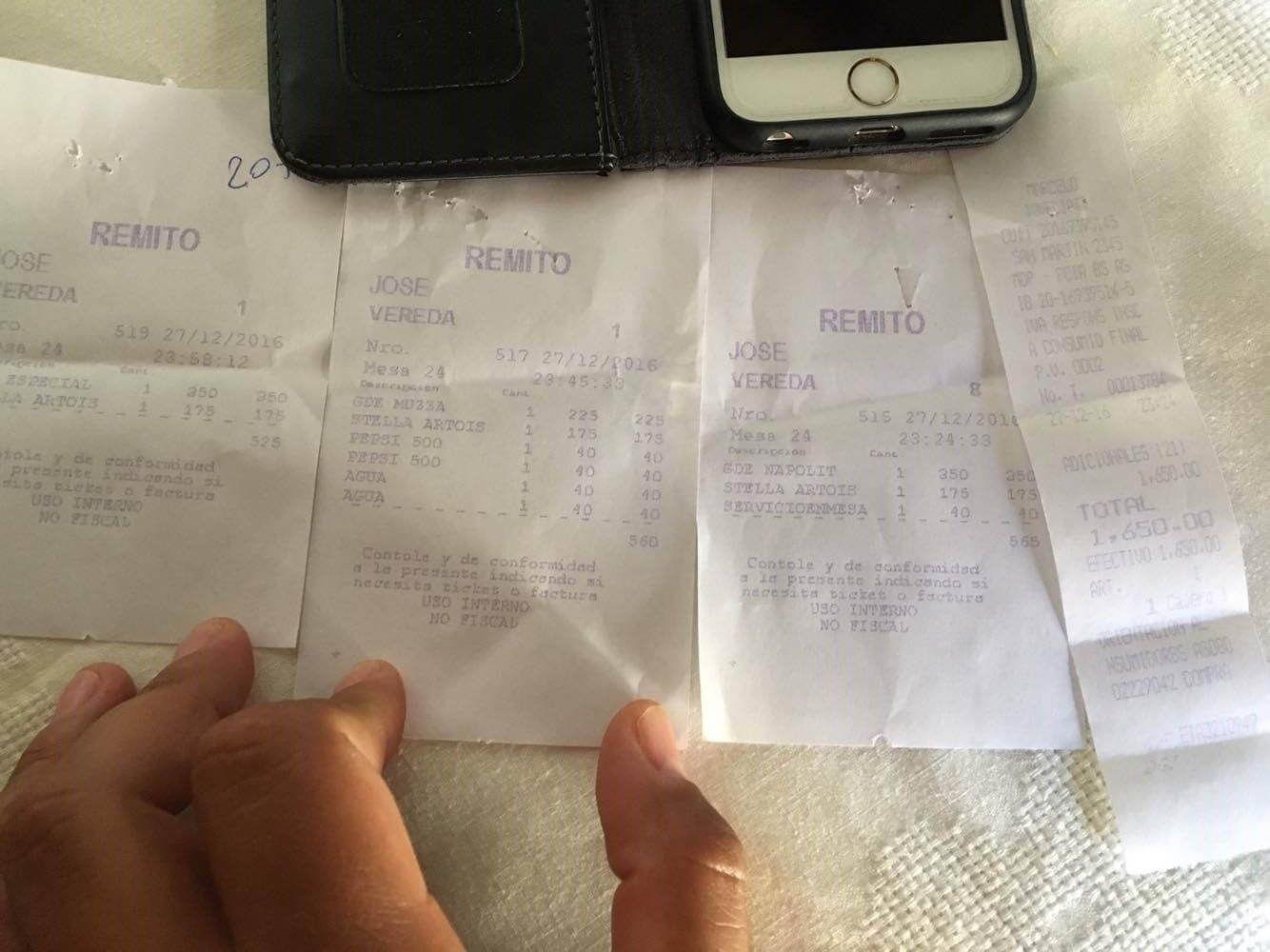 Tres pizzas y tres cervezas por 1.650 pesos en Mar del Plata