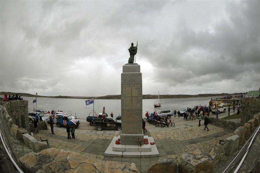 Londres instó a los isleños a mejorar la relación con Argentina