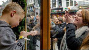 Artistias, políticos y ciudadanos se sumaron a la cruzada solidaria