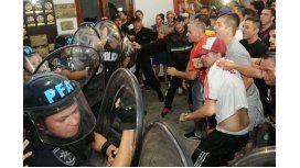 Vecinos tomaron la comisaría 38 en Flores, por la muerte de Brian Aguinaco