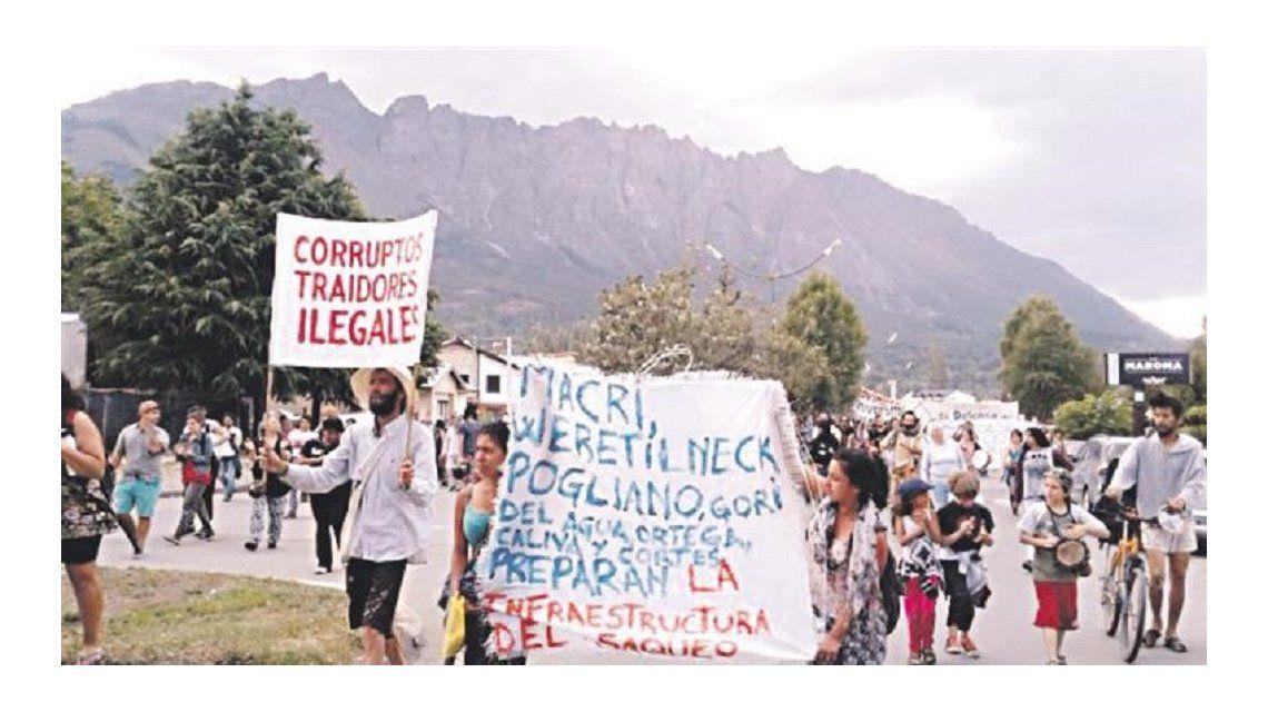 Vecinos de El Bolsón resisten la cesión de tierras