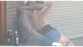 La pareja fue filmada cuando mantenía relaciones sexuales en la vía pública