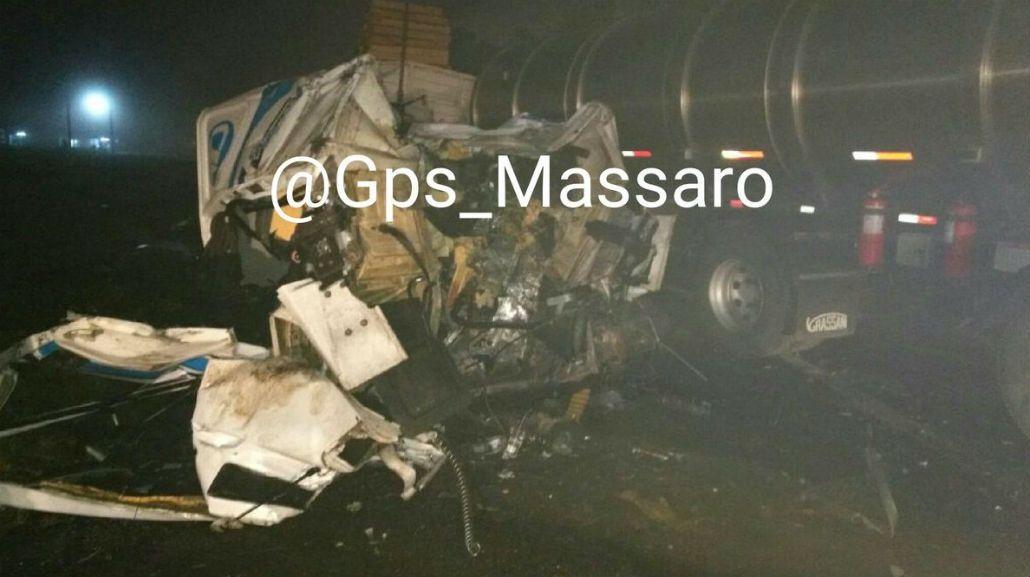 Así quedaron los camiones tras el choque
