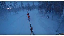 Casey Neistat hace snowboard con un drone