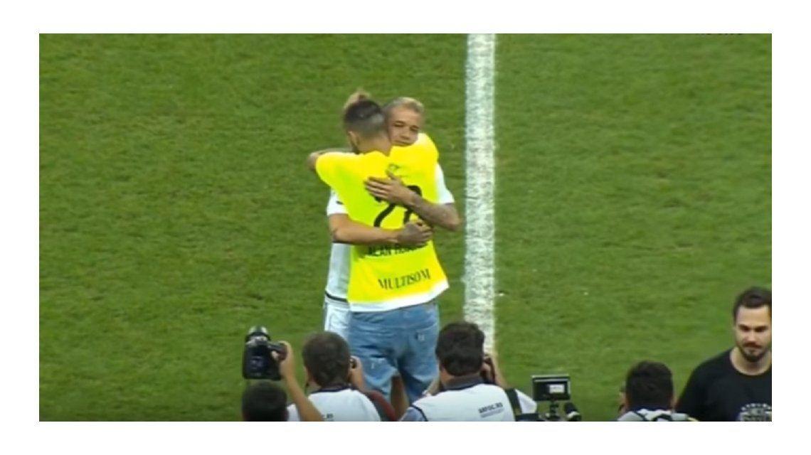 El argentino se mostró muy emocionado al encontrarse con Ruschel