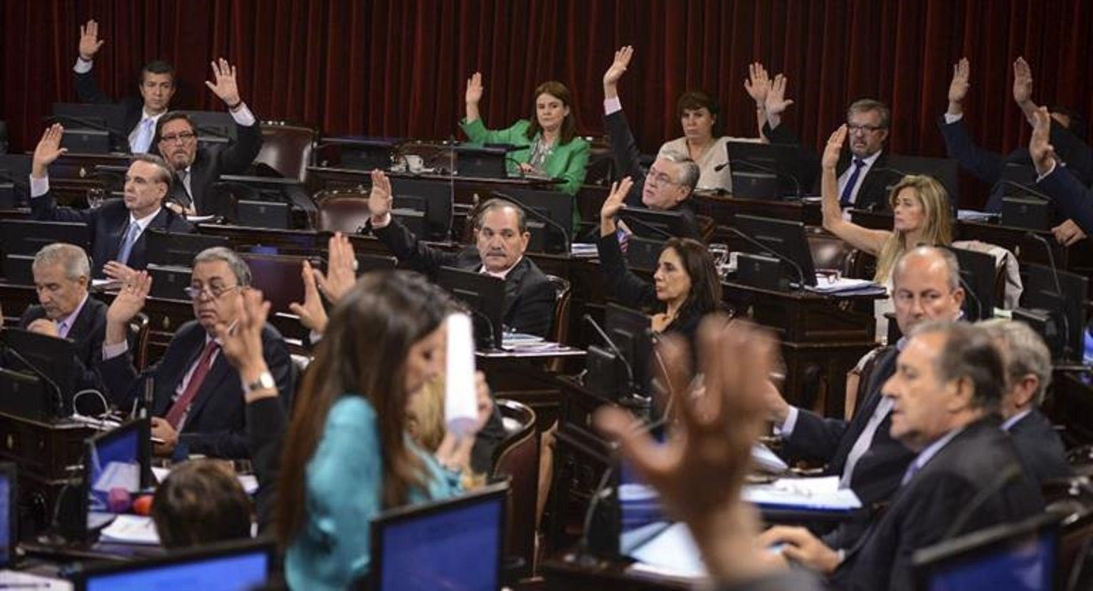 Senado debate Ganancias