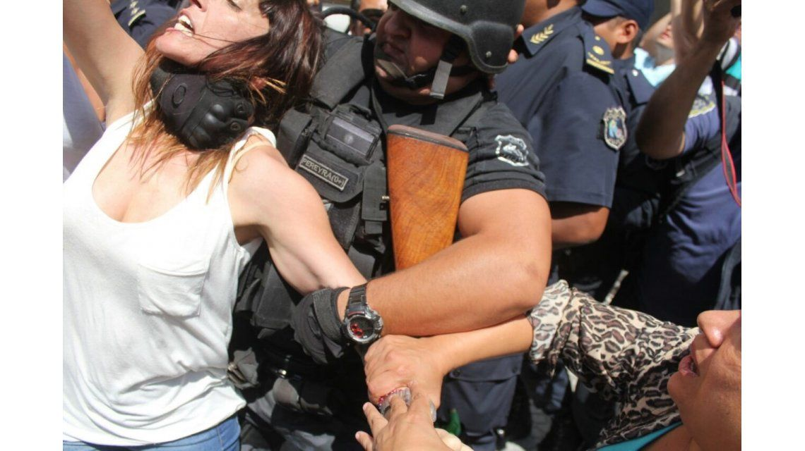 Así ahorcaban a la diputada Mayra Mendoza en Jujuy