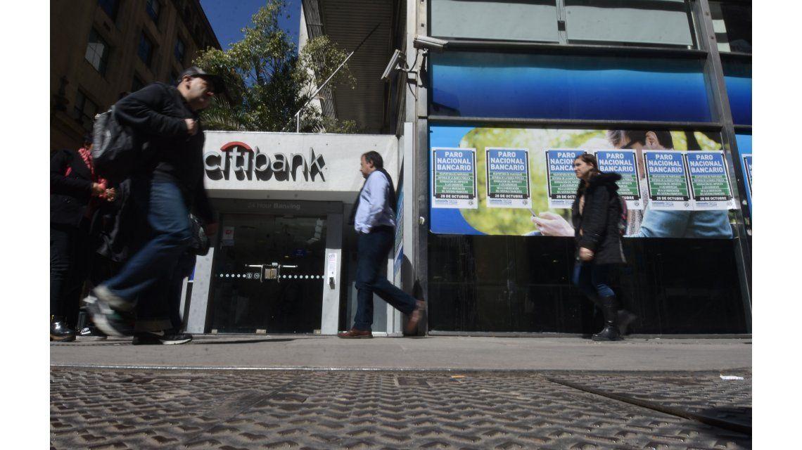 Suspenden el paro bancario del jueves