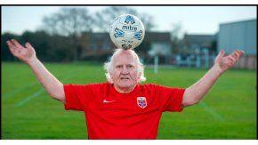 Dickie Borthwick quiere volver a jugar al fútbol