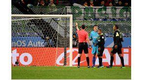 Los jugadores de Atlético Nacional, disconformes con el fallo
