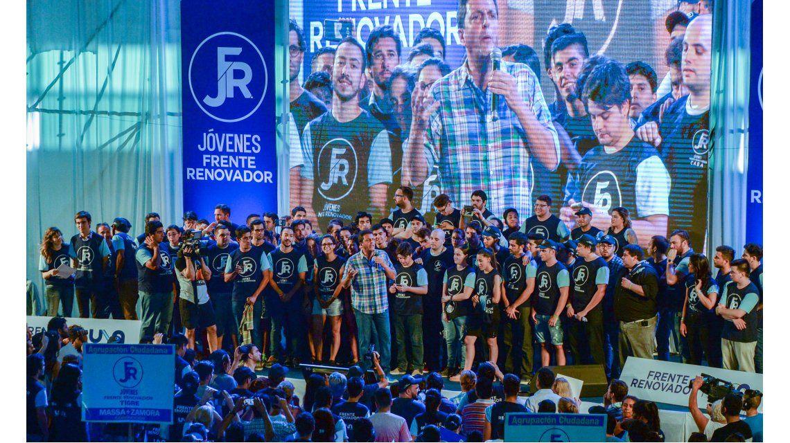 Massa lanzó su agrupación La Renovadora.