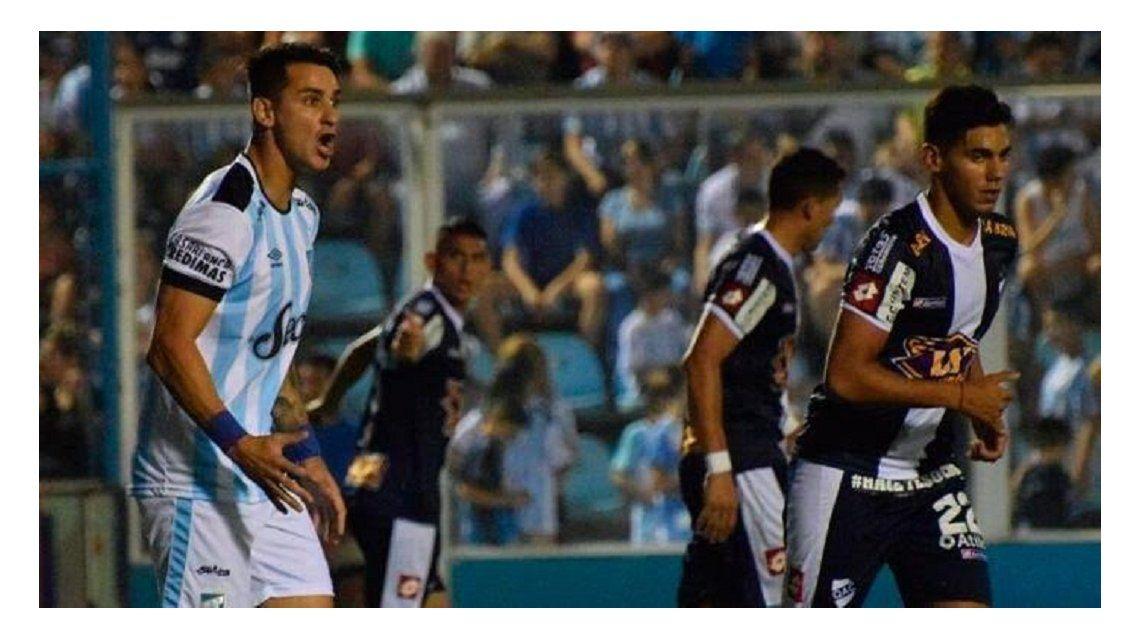 Atlético Tucumán derrotó 3-0 a Quilmes - Crédito:@cerveceronet