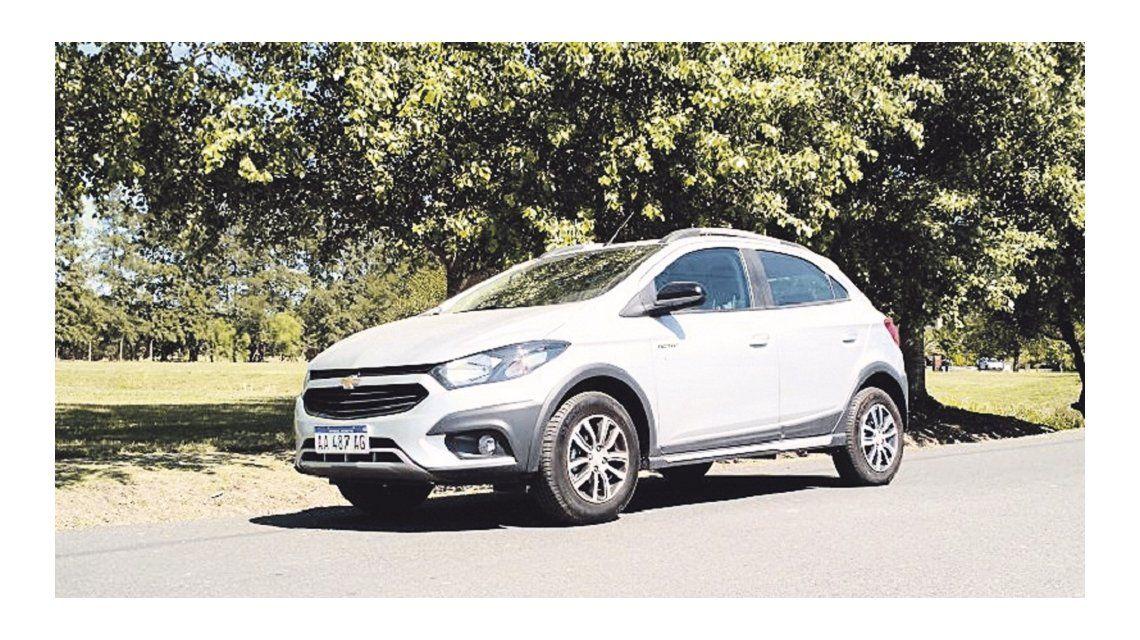 El Chevrolet Onix Activ se suma a tendencia aventurera