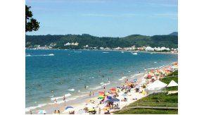 Casi dos millones de turistas argentinos viajarán a Brasil.
