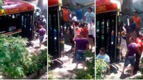 Un hombre le pegó a dos mujeres para robar unas cervezas.