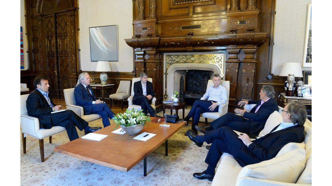 Macri recibió a parte de su Gabinete con quienes discutió sobre Ganancias