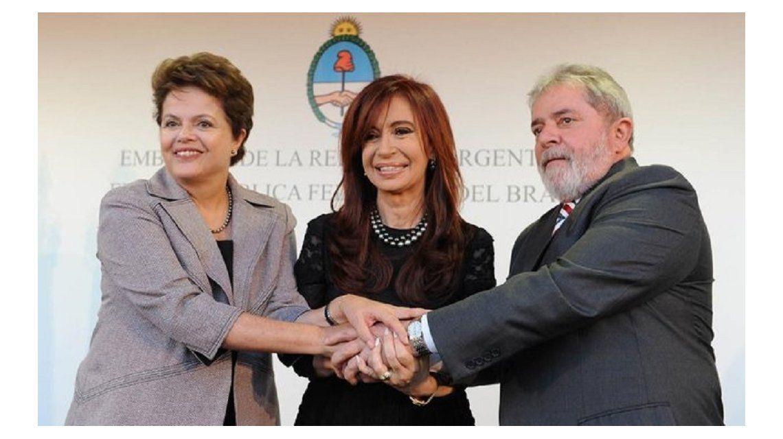 Cristina Kirchner junto a Dilma Rousseff y Lula Da Silva.