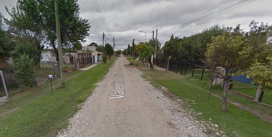 Una mujer y su hija fueron halladas asesinadas en una casa.