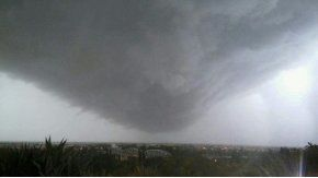 Pánico por audio que anuncia un tornado