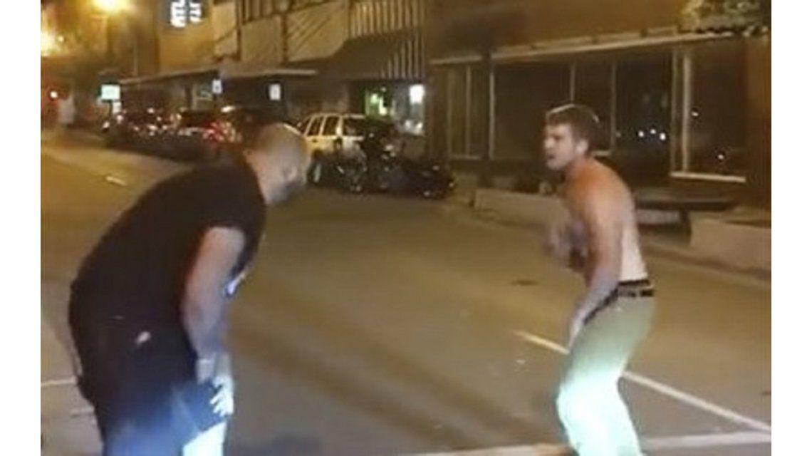 Un borracho peleó con un luchador de artes marciales mixtas