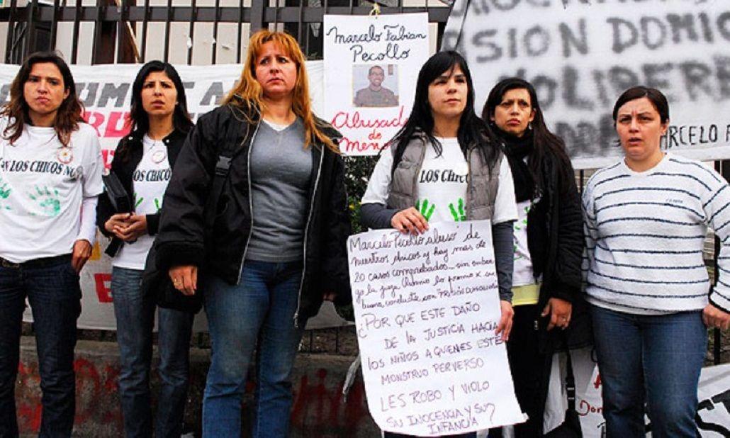 Las familias pedían por la condena de Pécollo