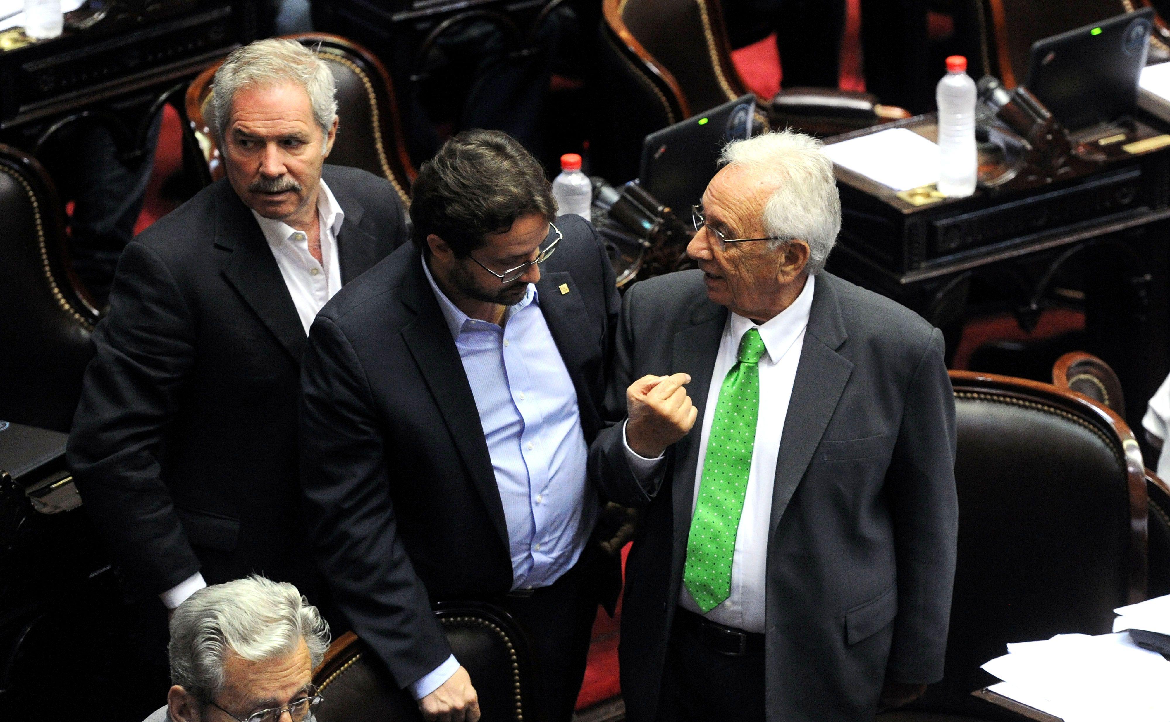 Los diputados Hector Recalde