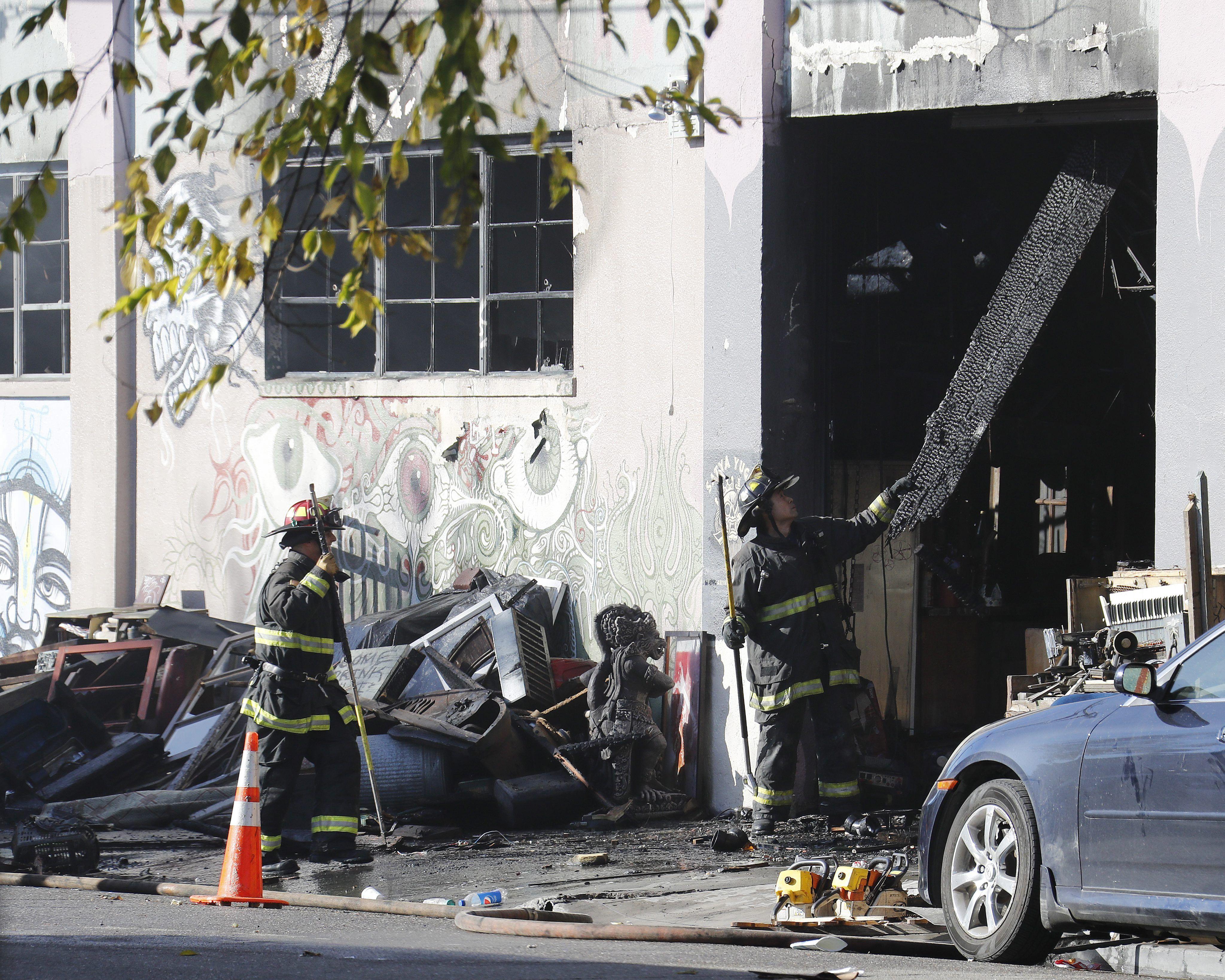 Al menos 24 personas murieron en Oakland