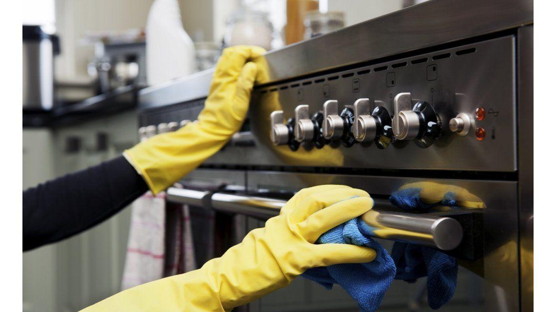 Los trabajadores de casas particulares tendrán un 15% de aumento desde el 1° de diciembre
