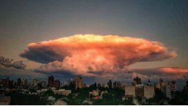 Así se veía el cielo este jueves a la tarde en Neuquén