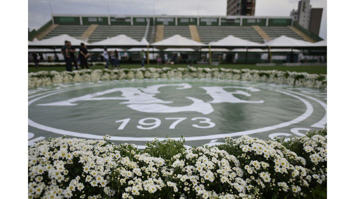 Estadio Arena Condá preparado para el homenaje a las víctimas de la tragedia de Chapecoense