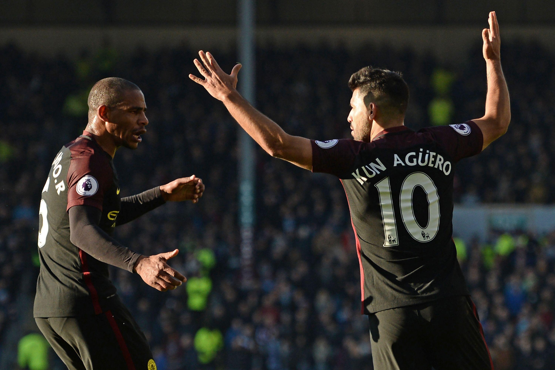Agüero llegó a los 10 goles en la Premier League