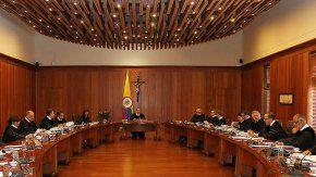 Condenan a un general retirado en Colombia