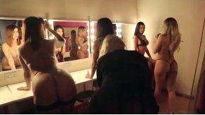 El Mannequin Challenge más hot es protagonizado por cinco modelos.
