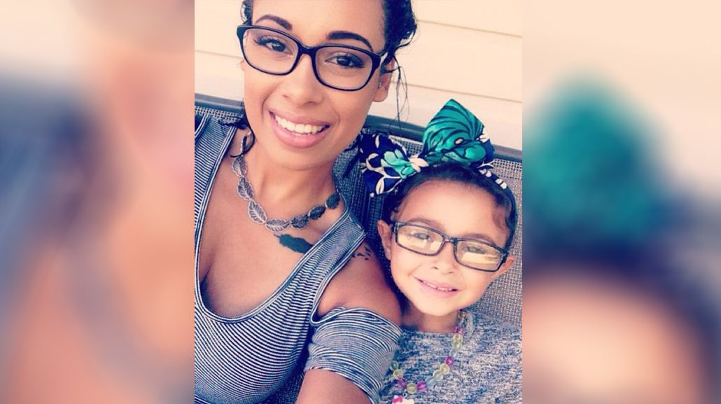 Madre agradece a la novia de su ex que cuide de su hija