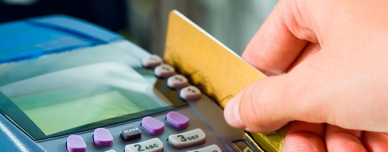 ¿Cuáles son los servicios que estarán obligados a aceptar tarjeta de débito?