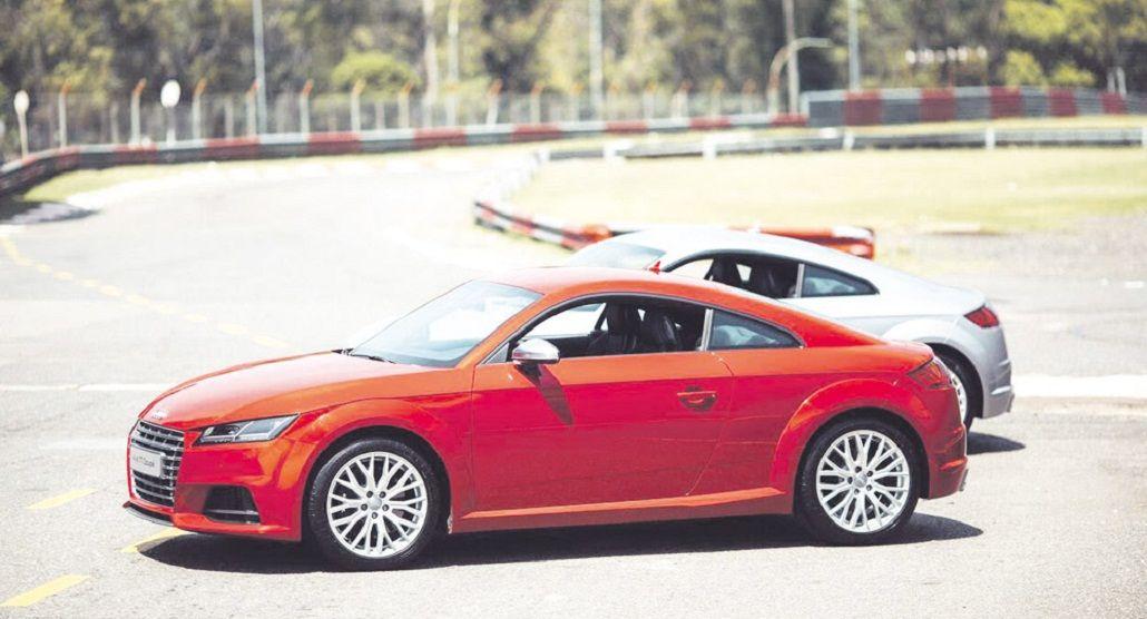 Audi presentó la tercera   generación de la coupé TT.