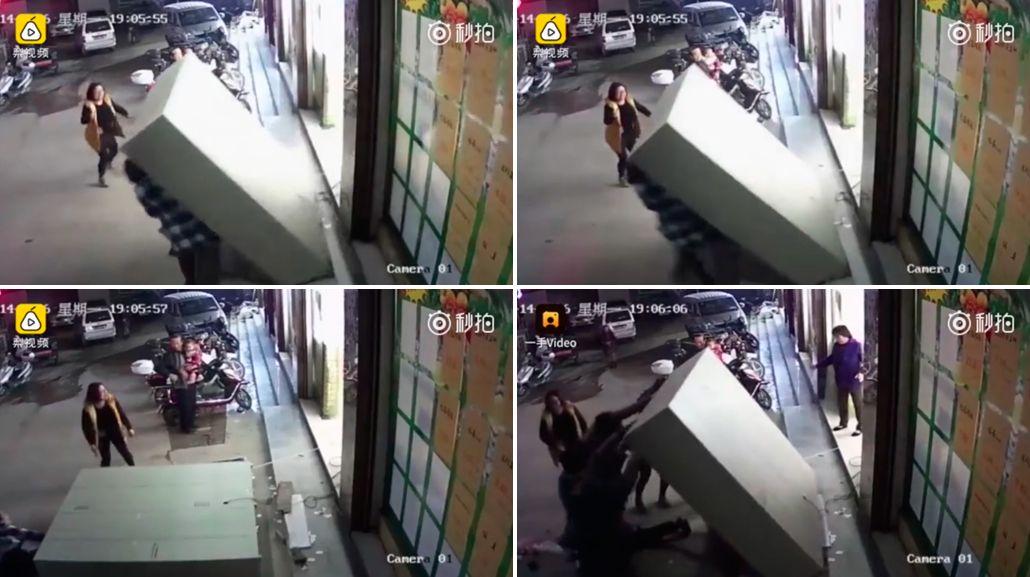 Un nene murió aplastado por un locker en China.