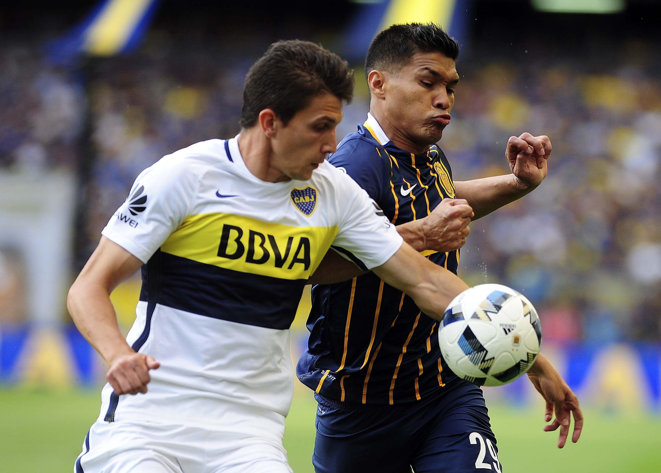El colombiano empató el partido y luego se fue expulsado por provocar a la gente
