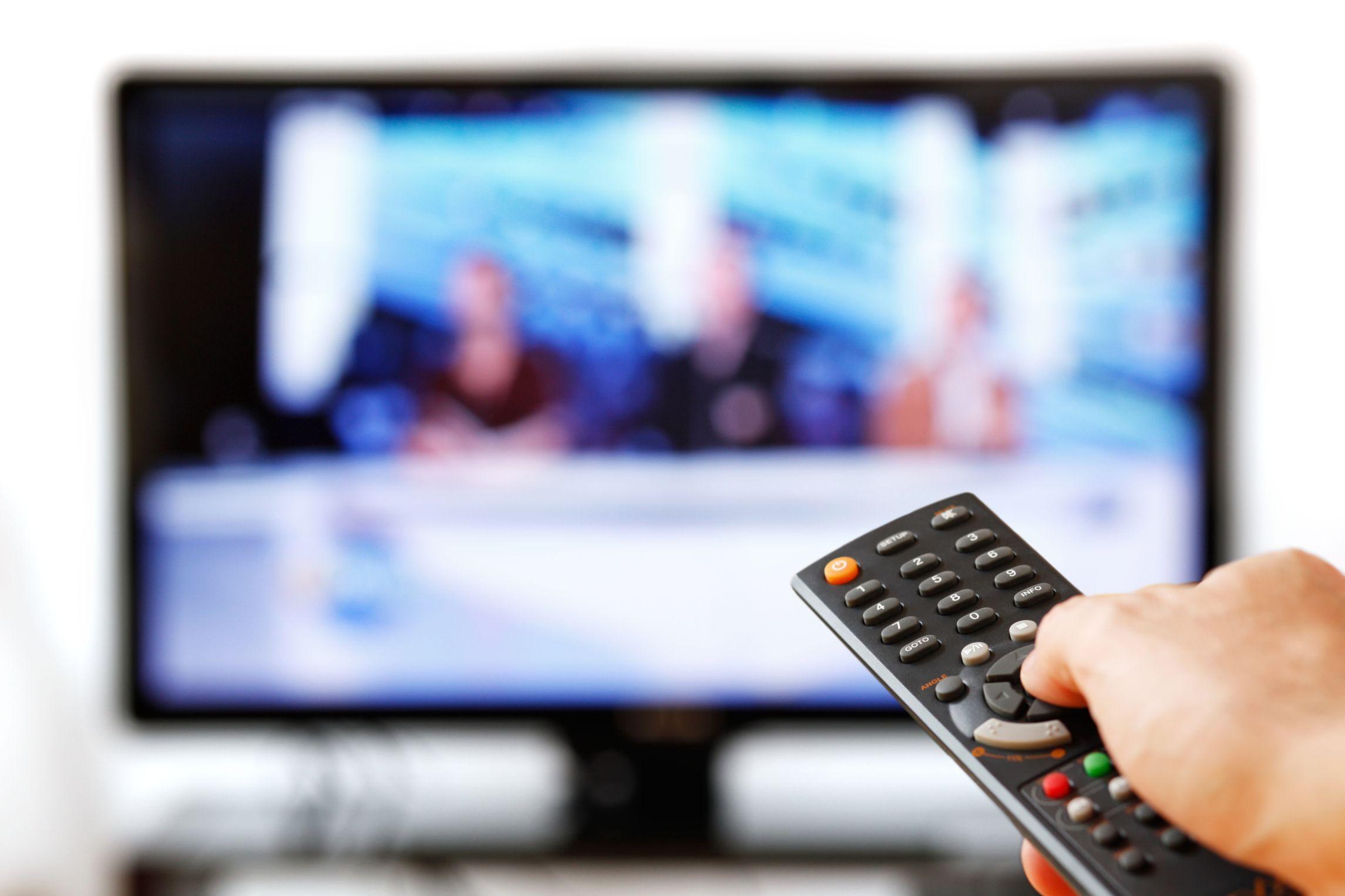 Mirar mucha televisión puede causar esterilidad masculina