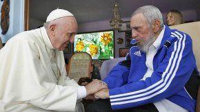 Pesar de Francisco por muerte de Fidel